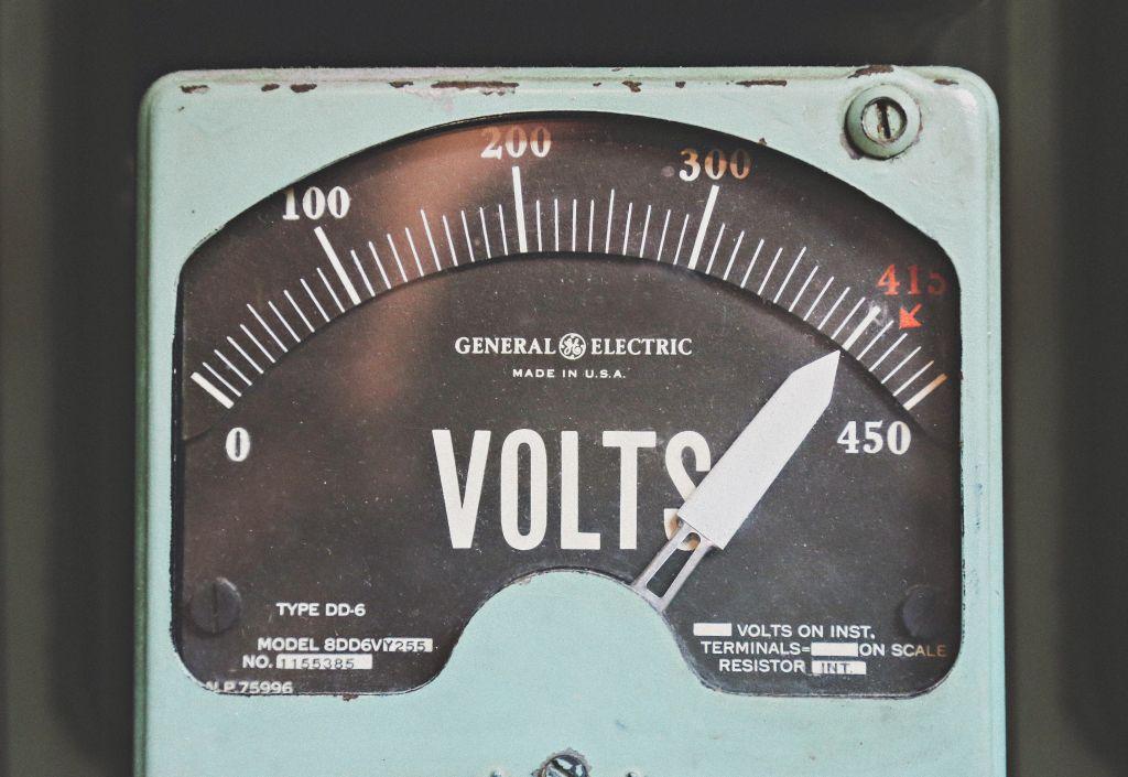 Lázas munka folyik a MAVIR és az áramszolgáltatók háza táján